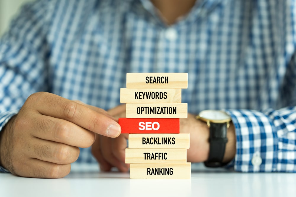 building blocks with SEO in the middle